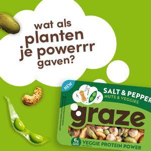 graze salt & pepper veggie protein power groentemix en notenmix, snack met peulvruchten