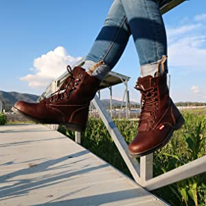 Womens 8 inch brown non-slip leather lace up work boot for agriculture and nurseries. Brand: Cactus