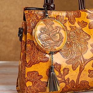 Embossed hanbags purses