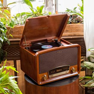 Electrohome Kingston 7-in-1 Vintage Vinyl Record Player Stereo System with 3-Speed Turntable