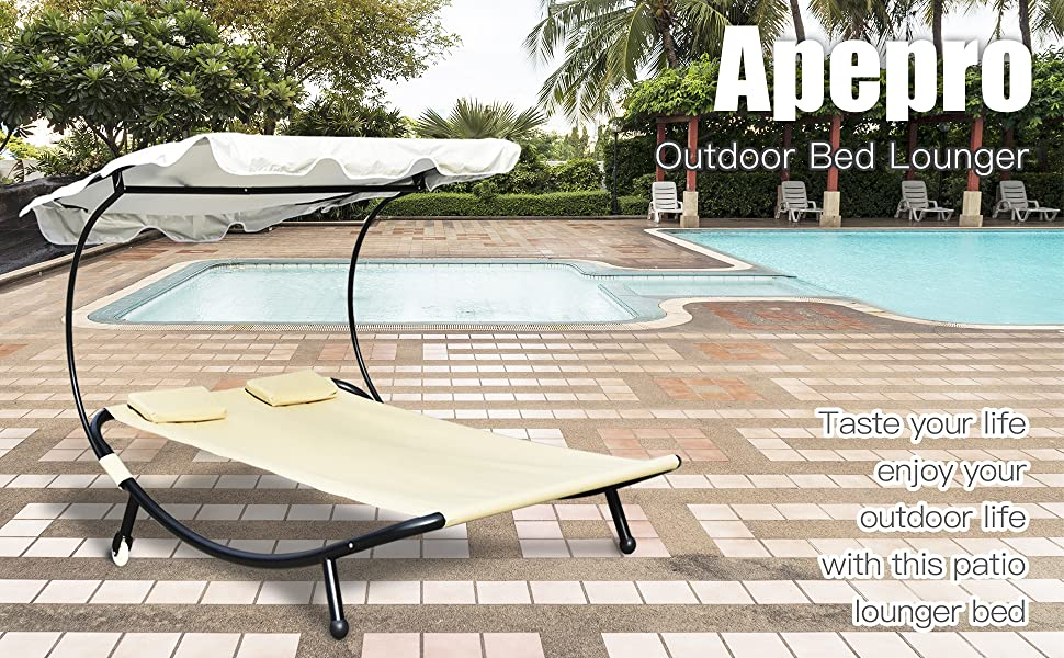 This outdoor bed lounger is a good choice for your patio, poolside and garden.