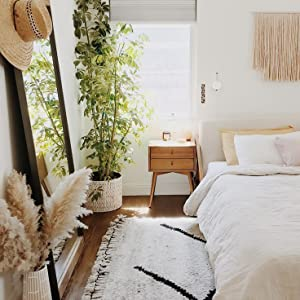 Pampas Bedroom Styling