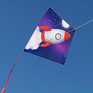 diamond kite, rocket ship kite, in the breeze, kite garden, easy to fly kite, colorful kite, kite