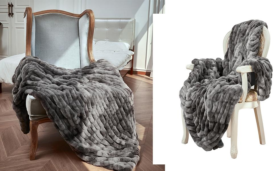 Grey Faux Fur Throw Blanket for Sofa, Couch and Bed Soft Reversible Warm Thick Fluffy Fuzzy Blanket