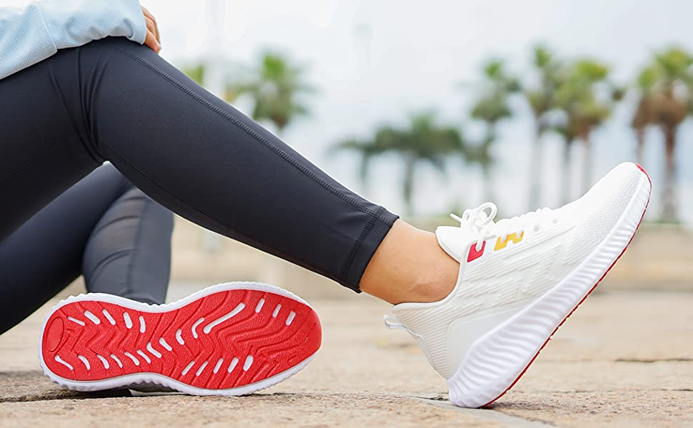 white tennis shoes for women