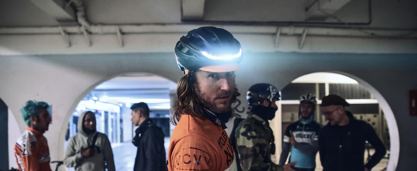 helmet lumos matrix lights LED smarthelmet cycling skateboard longboard onewheel bikes bicycles ski