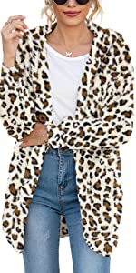 women warm sweater with pockets