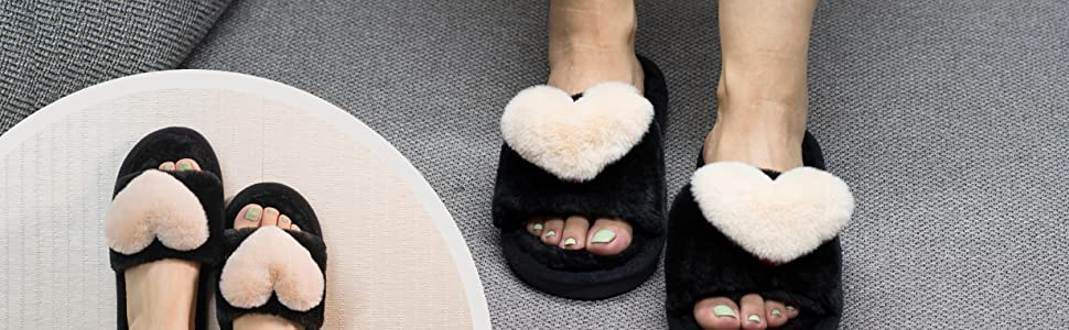 Demo of House slippers, it is so soft and comfy.