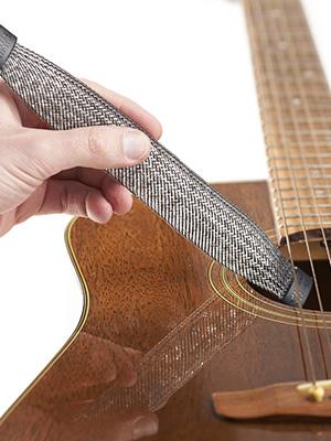 guitar humidifier, guitar humidifiers