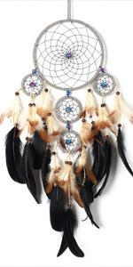 Details about  /DREAMCATCHER WITH A PICTURE OF AN INDIAN LADY WOMAN CHILD 4 RINGS CR25