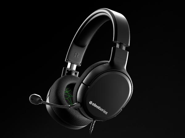 - Arctis 1 headset