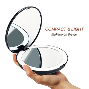 travel magnifying mirror