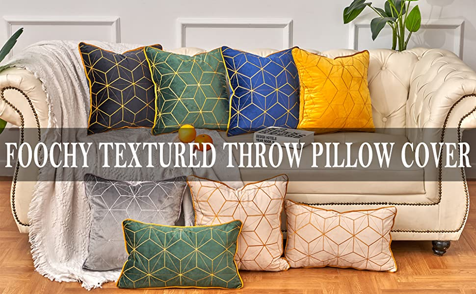 Textured throw pillow cover Tittle
