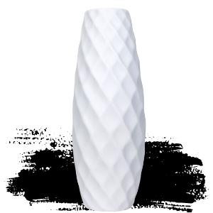 diamond patterned vase