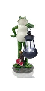 Frog with solar lantern