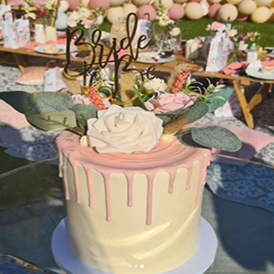 Cake decoration flowers