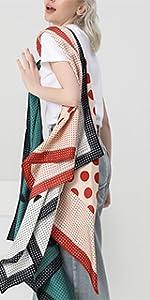 polka foulard