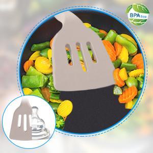 Khaki silicone kitchen utensils set
