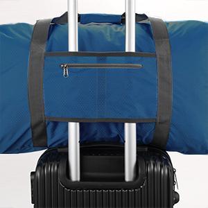 可放行李箱