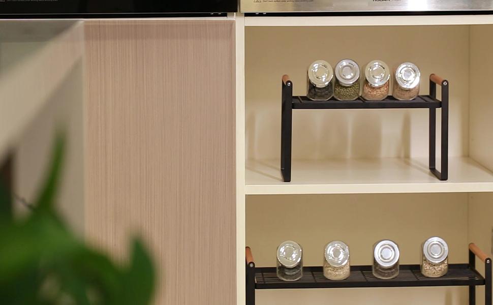 Augmentez la surface utilisable de l'armoire.