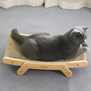 Cat scratcher deformation bed