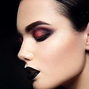 Oulac eye shadow palette
