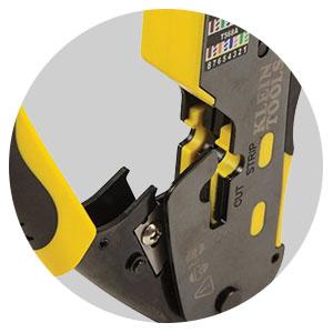 Ratcheting locking mechanism