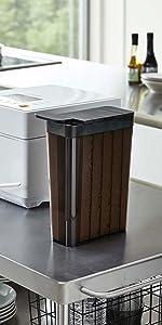 山崎実業 1合分別 冷蔵庫用米びつ タワー ブラック 3761