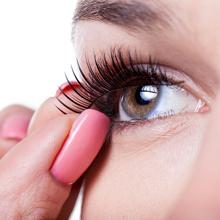 false eyelash