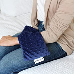 solaymans Heating pad on a girls hand