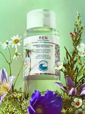 face toner exfoliating hydrating brightening not sticky evens antioxidant
