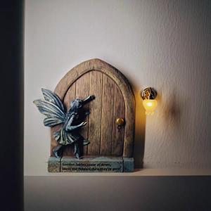 miniature fairy door