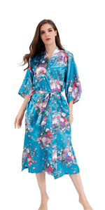 Women silky robe