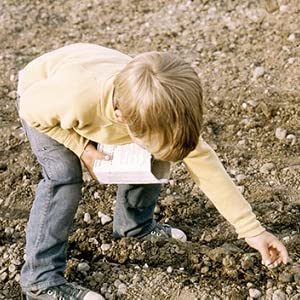 sow right seeds owner planting seeds as a child