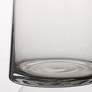Thick glass bottle bottom