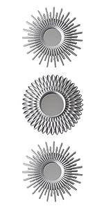 Pack med 3 silver plast speglar med öglebult att hänga den på väggen