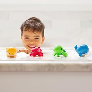 Munchkin Ocean 4 juguetes para la hora del baño