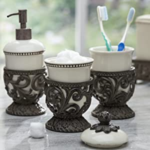 GG Collection set of decorative cup holders