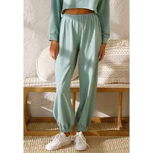 Long Pants with Elastic-Cuff can  show the curve of your long legs very well