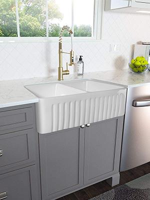 33 inch White Farmhouse Sink