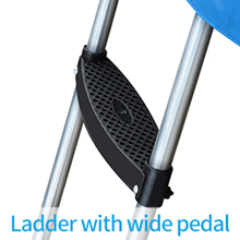 Ladder with Wide Pedal