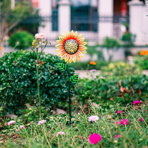 metal sunflowers stakes outdoor decor