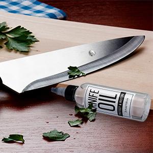 knife pivot lube