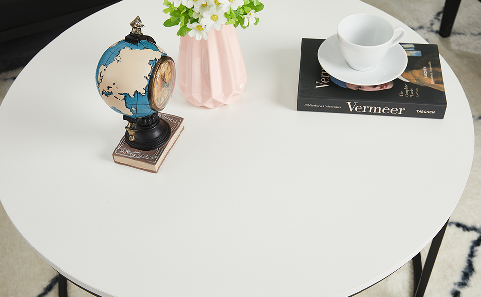 Round Coffee Table for Living Room, Modern Cocktail Table, 31.5 Inch, White