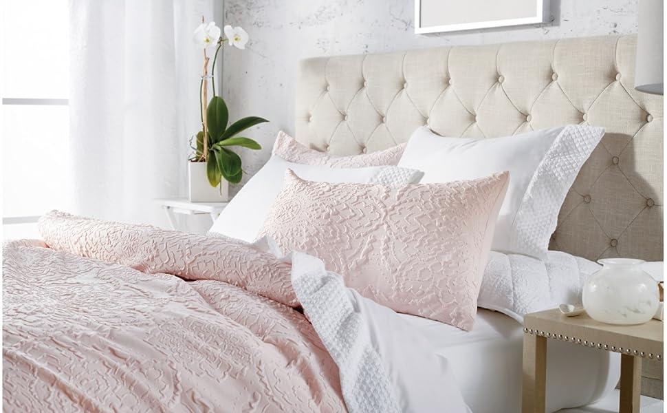 medallion microsculpt pink comforter