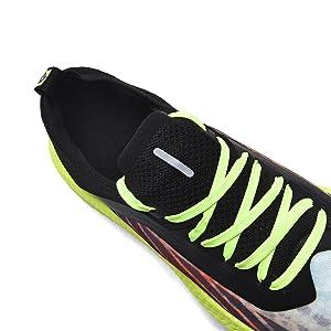 Thicken the neckline foam to prevent heel wear