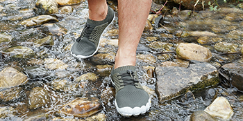 NORTIV 8 Men's Water Shoes