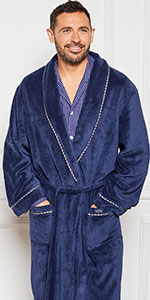 dressing gown polyester relax relaxation after work watch TV lounge around the house men mens outfit