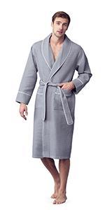 men wears 3xl kimono waffle grey color lightweight bath robe with piping