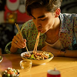 guy eating noodles muso from Japan